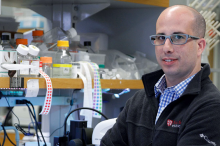 Photo of Dr. Aaron Gitler in the lab.